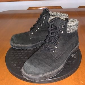 Predictions Black Leather & Fabric Boots Sz 7.5